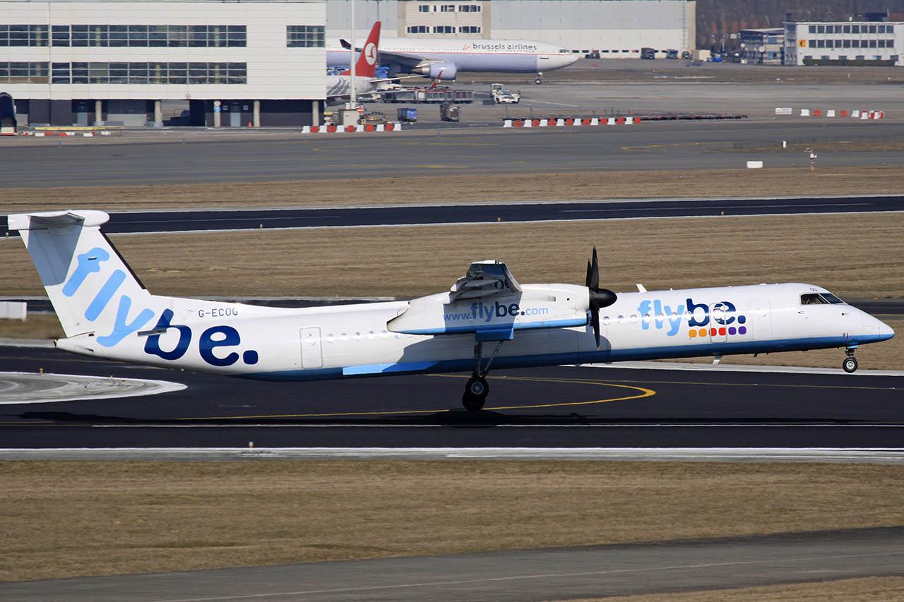 100309_G-ECOG_Dash_8-402_FlyBe.jpg