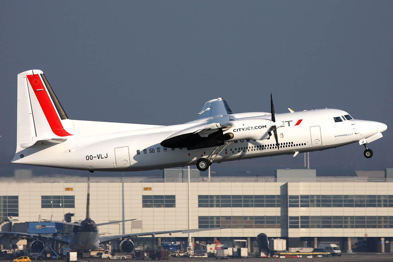 100309_OO-VLJ_Fokker_50_VLM.jpg