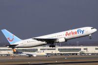 100309_PH-AHX_B767-300_ArkeFly.jpg