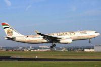 100617_A6-EYR_A330-200_Etihad_Airways.jpg