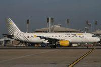 070204_EC-JNA_A320_Vueling_Com.jpg