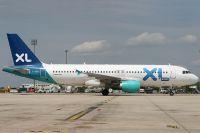 070714_F-GRSE_A320-200_XL_Airways_France.jpg