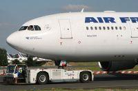 070714_F-GZCL_A330-200_Air_France.jpg