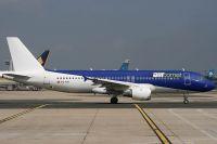 070826_EC-KIK_A320-200_Air_Comet.jpg