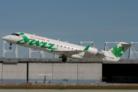 YUL070805_C-FVKM_CRJ-100ER_Jazz_Air.jpg