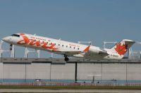 YUL070805_C-GKEZ_CRJ-200ER_Jazz_Air.jpg